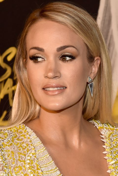 Carrie Underwood Makeup - 2018 CMT Music Awards - Red Carpet
