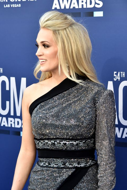 Half Up Half Down Hairstyles - Carrie Underwood