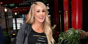 carrie underwood clothing pregnancy