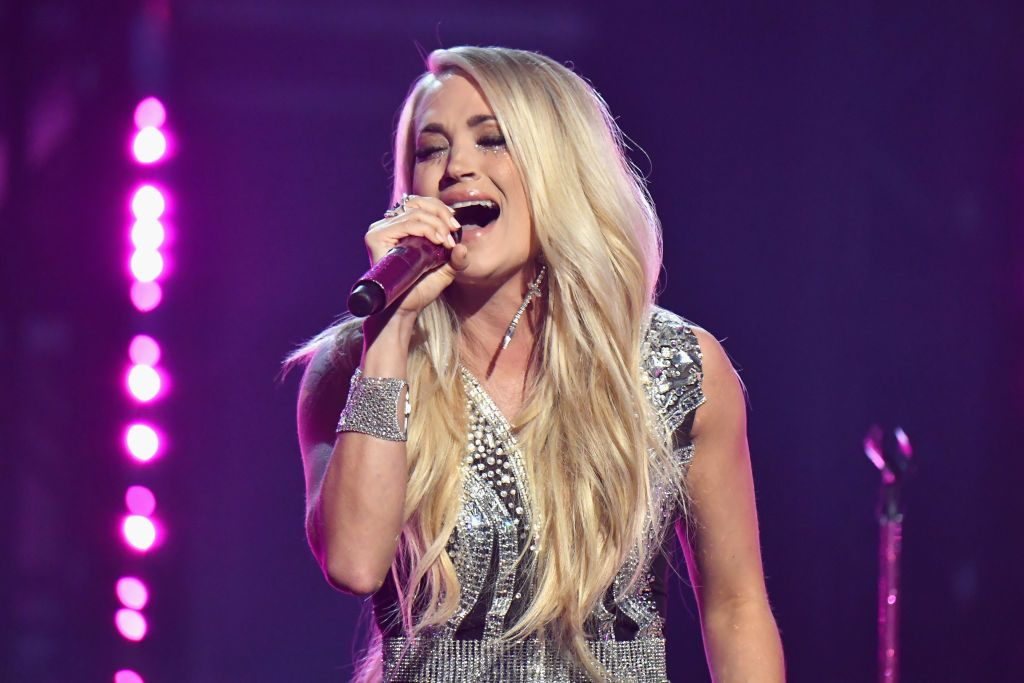 Carrie Underwood Reveals The Stitches In Her Face Made It Impossible To Sing