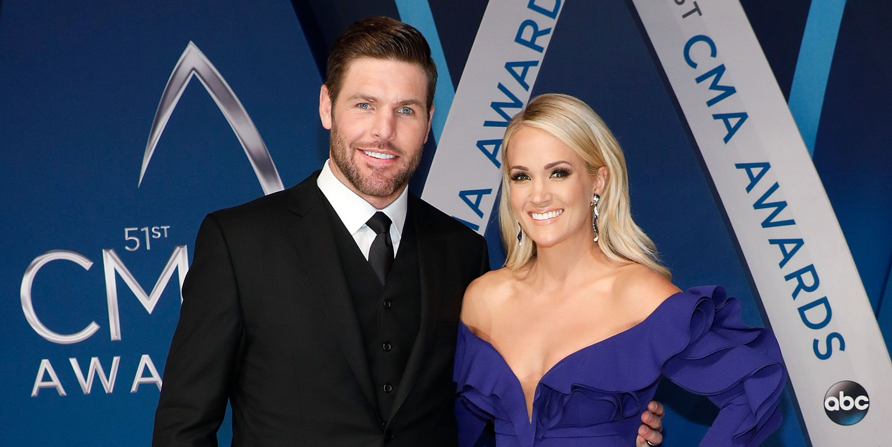 carrie underwood mike fisher relationship