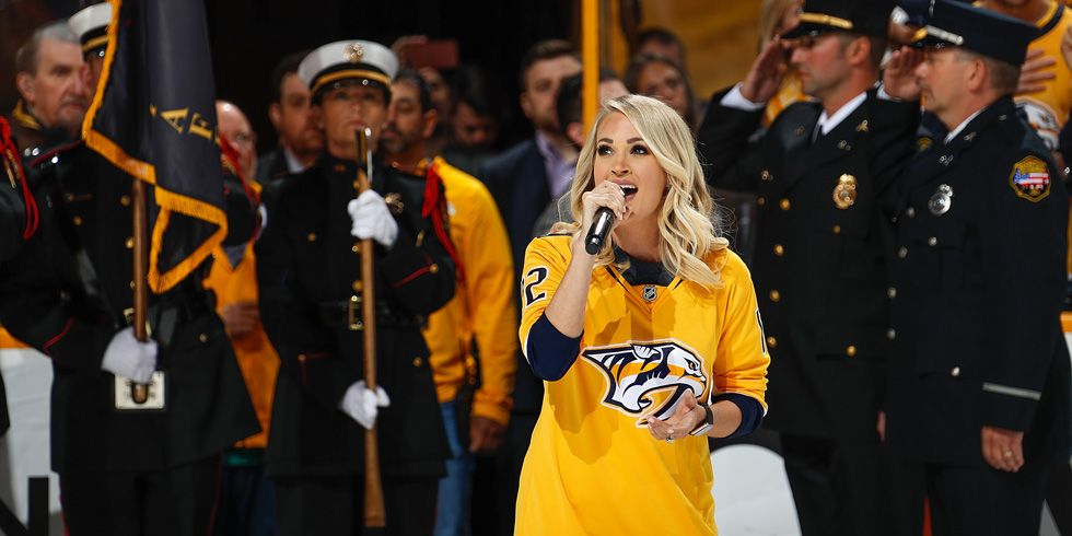 carrie underwood national anthem