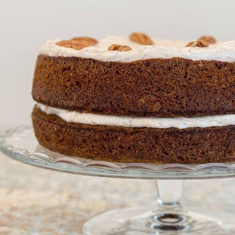Dish, Food, Cuisine, Dessert, Cake, Ingredient, Baked goods, Carrot cake, Snack cake, Buttercream,