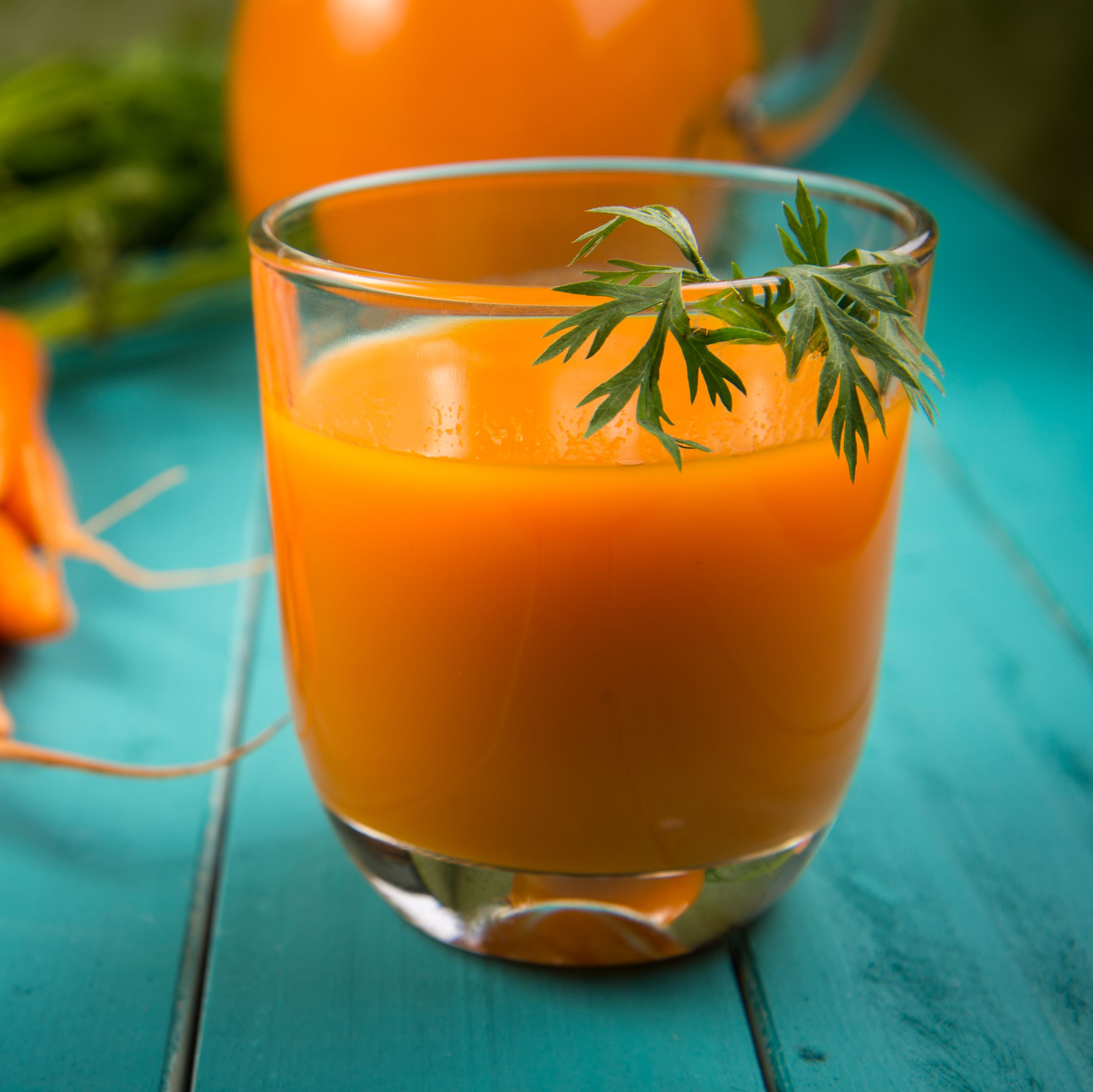 7 Ways Carrot Juice Is Good for Your Skin, Eyes, and Immunity