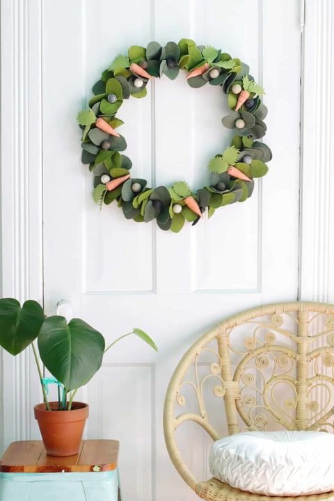 carrots and greens easter wreath