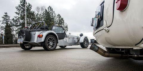 Land vehicle, Vehicle, Car, Sidecar, Trailer, Classic car, Vintage car, Sports car, Rim, Classic,