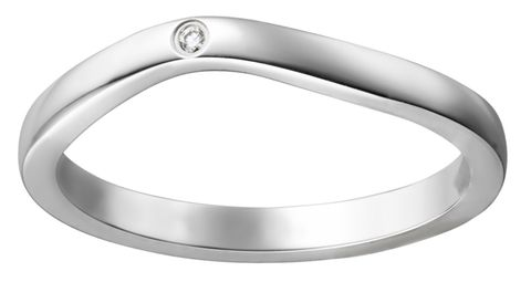 Ring, Platinum, Metal, Fashion accessory, Wedding ring, Jewellery, Silver, Wedding ceremony supply, Mineral, Titanium ring,