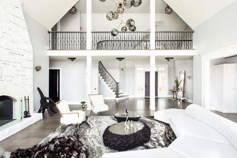 Casa blanca Sasha Bikoff