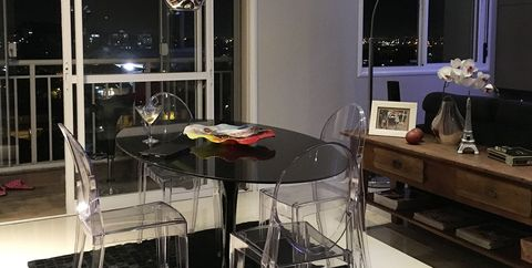 Room, Interior design, Furniture, Property, Dining room, Lighting, Table, Countertop, Building, Ceiling,