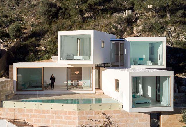 casa en mallorca con arquitectura moderna
