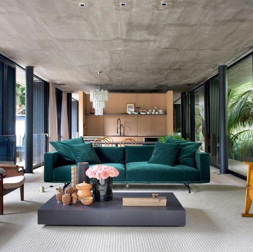 sofa colorido salon
