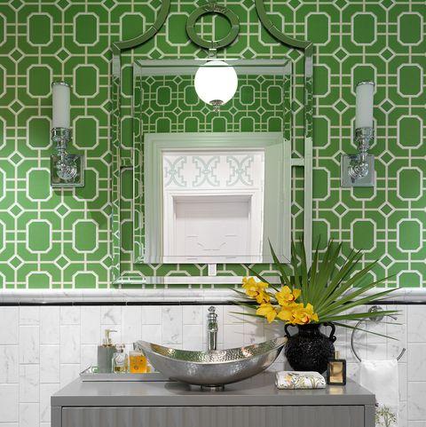 casa decorada con colores intensos estilo algre