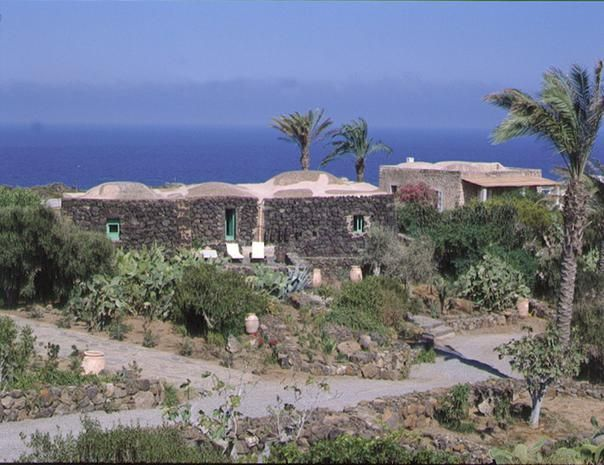 Case Di Pietra Pantelleria : Casa pantelleria centro case a pantelleria mitula case