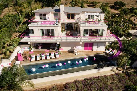 Dreamhouse: casa de Barbie en Malibú