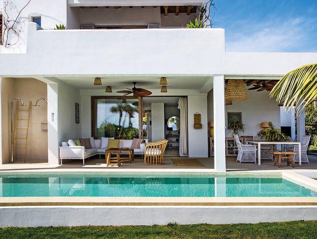 casa payesa en ibiza  exterior con piscina