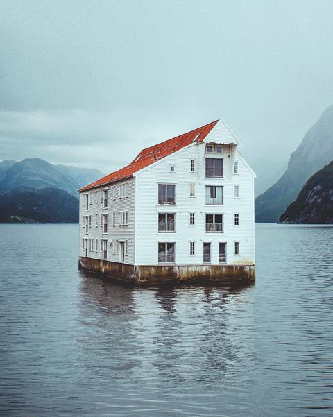 Casa flotante en Noruega