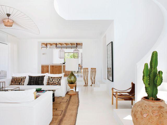 una casa en ibiza con estilo bohemio moderno