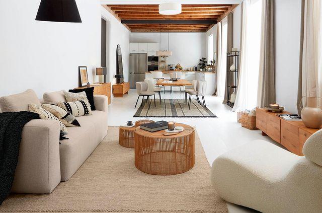 casa open concept decoración elegante colores tranquilos blanco madera