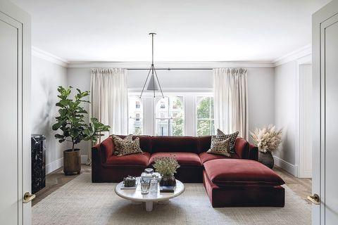 sofa burdeos