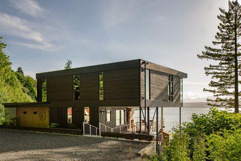 casa de arquitectura moderna en la playa