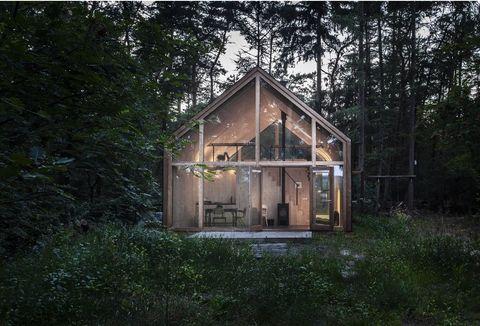 House, Shed, Building, Property, Shack, Home, Cottage, Garden buildings, Tree, Log cabin,