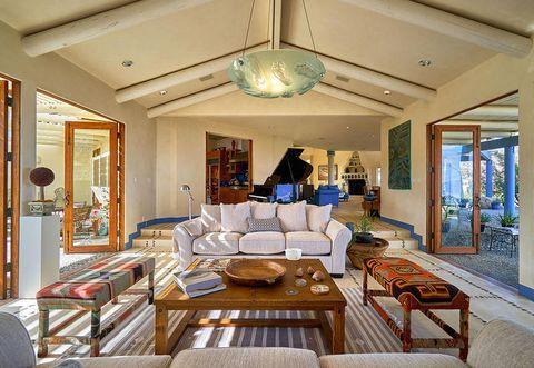 Living room, Room, Ceiling, Property, Interior design, Building, Furniture, Home, Estate, Real estate,