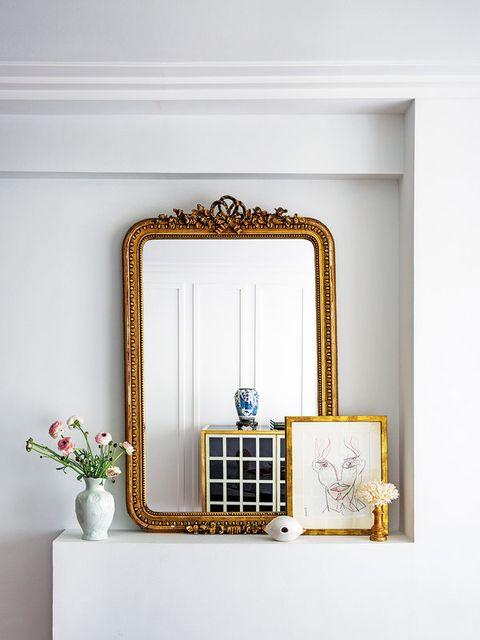 Casa Paula Ordovás: aparador con espejo