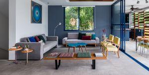 Casa en Sao Paulo decorada con color y espacios abiertos
