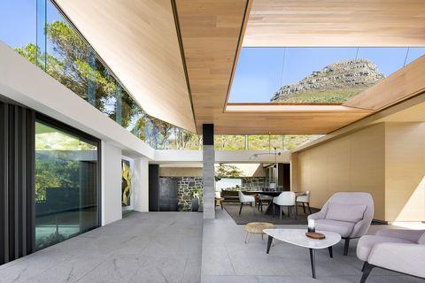 Casa familiar de SAOTA en Sudáfrica con techo de cristal