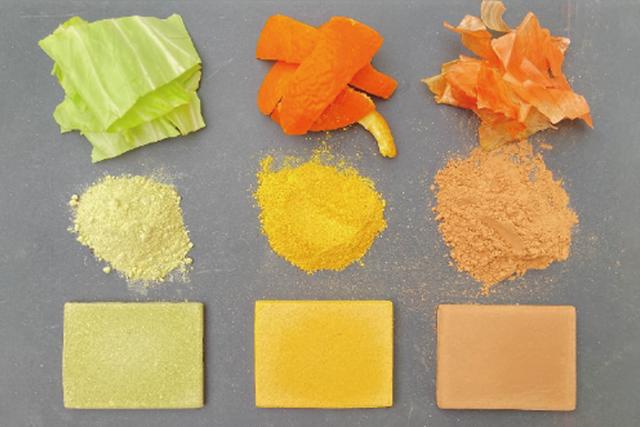 muestra de cáscaras de fruta y verduras empleados como material de construcción