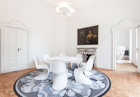 Wood, Floor, Room, Interior design, Flooring, White, Wall, Ceiling, Hardwood, Interior design,