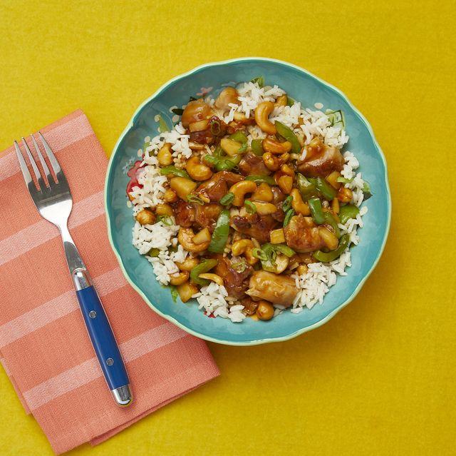 bowl of cashew chicken