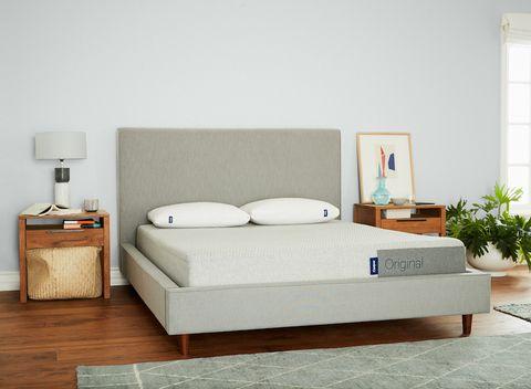 casper original mattress in a bedroom