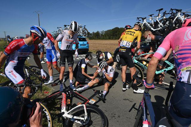 tour de france crash cycling tour de france stage 9