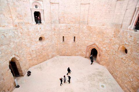 Castel del Monte ad Andria, la fortezza di Federico II