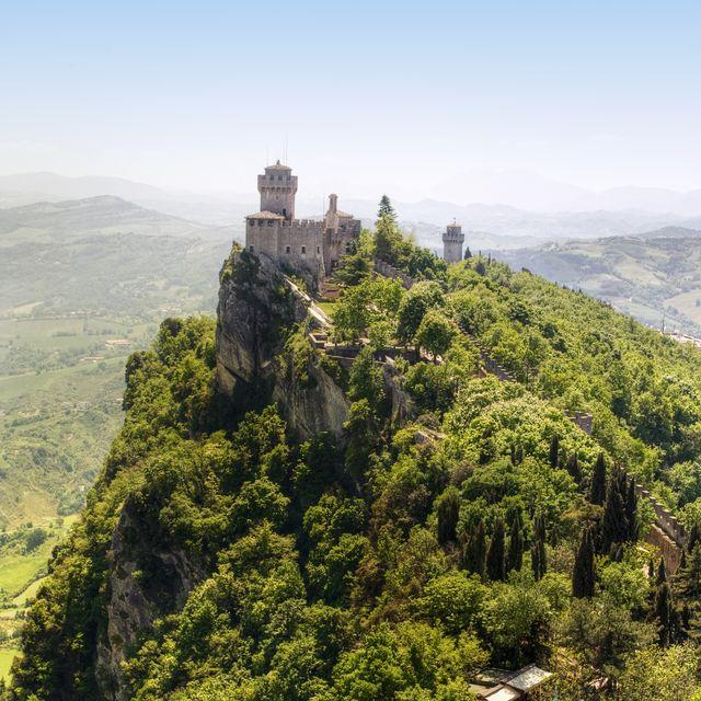 castelli privati italia affitto