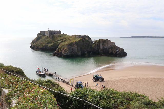 best beaches in wales   tenby castle beach