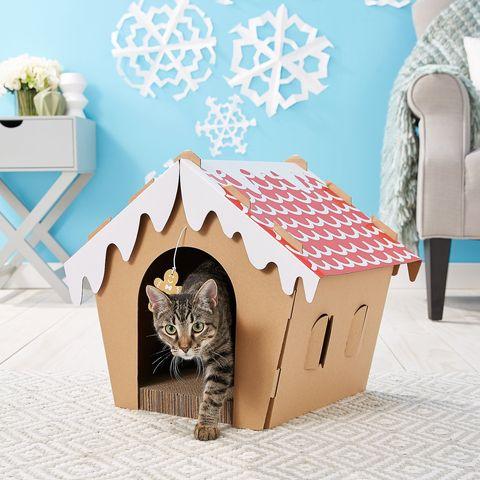 cat gingerbread house scratcher