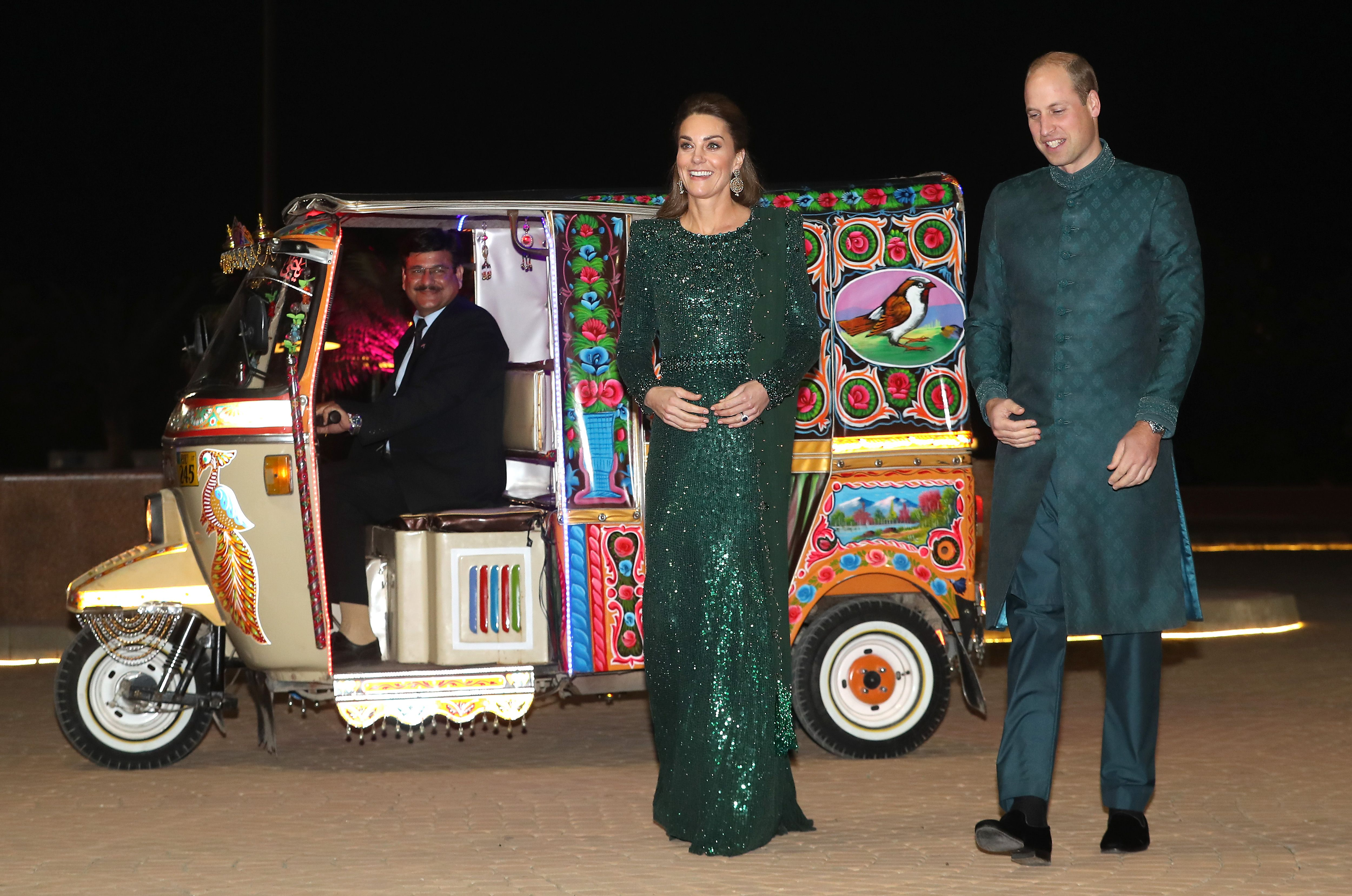 Kate Middleton Shimmers in a Green Jenny Packman Gown at a Reception in Pakistan