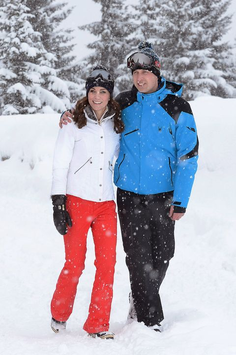 top quality fine craftsmanship special section What to Wear Skiing for Winter 2019 - 6 Outfits to Wear When ...