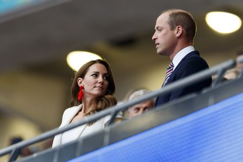 kate middleton and prince william at euro final