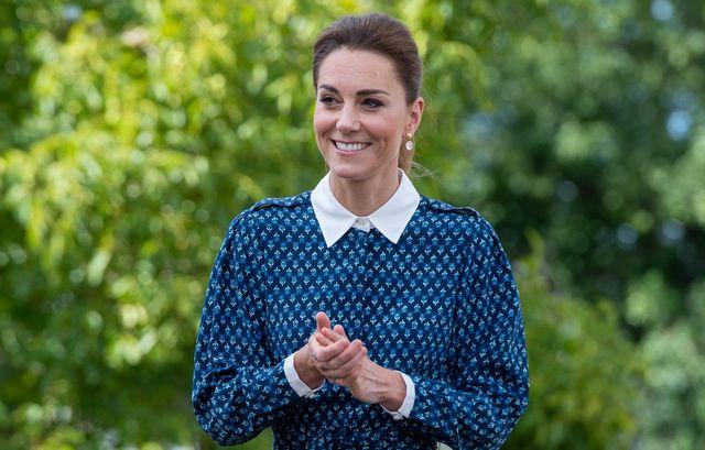 the duke and duchess of cambridge visit queen elizabeth hospital