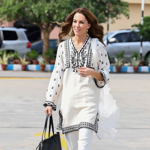 kate middleton kurta pakistan tour islamabad airport