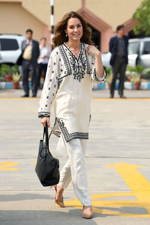 See Kate Middleton S Style During The Royal Tour Of Pakistan In Photos