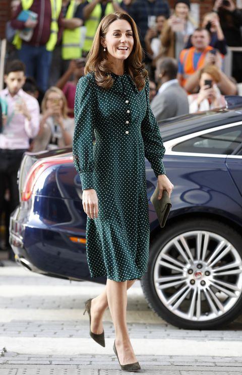 the duke  duchess of cambridge visit evelina london and the passage