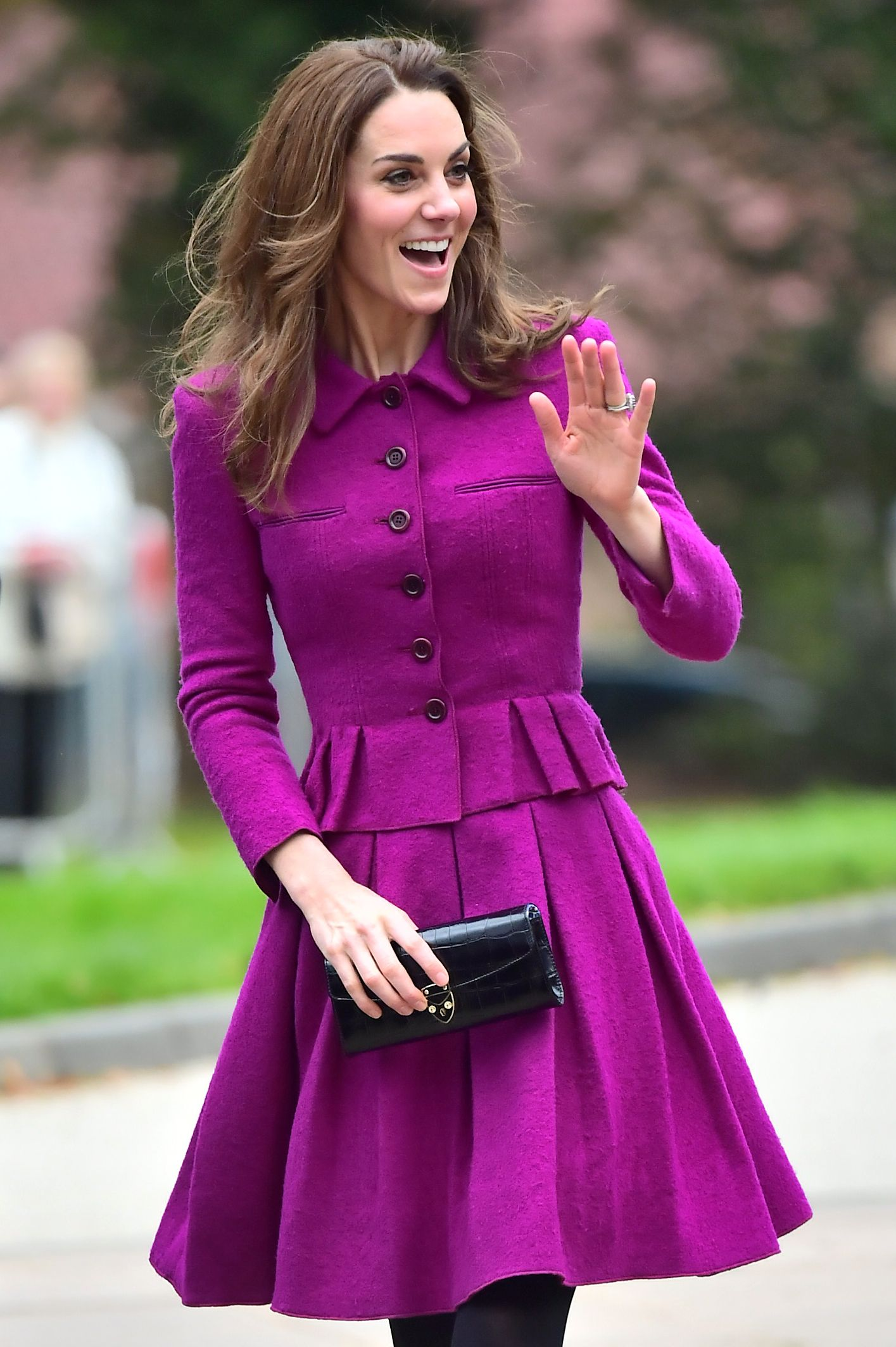 Kate Middleton Rewears Her Pink Oscar de la Renta Skirt Suit to Visit The Nook