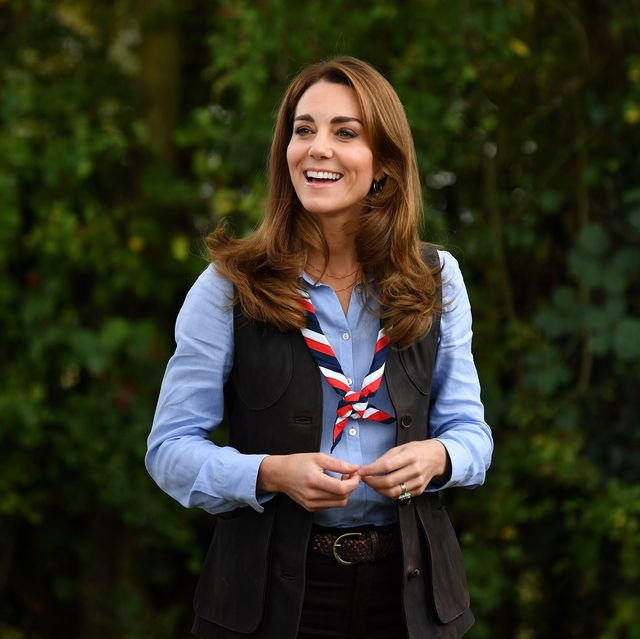 the duchess of cambridge visits scouts group