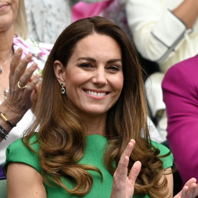 kate middleton makes first appearance after covid isolation to present tennis trophy