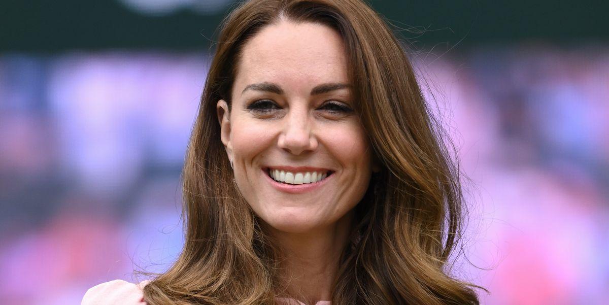 This £34 dress looks a lot like Kate Middleton's designer version