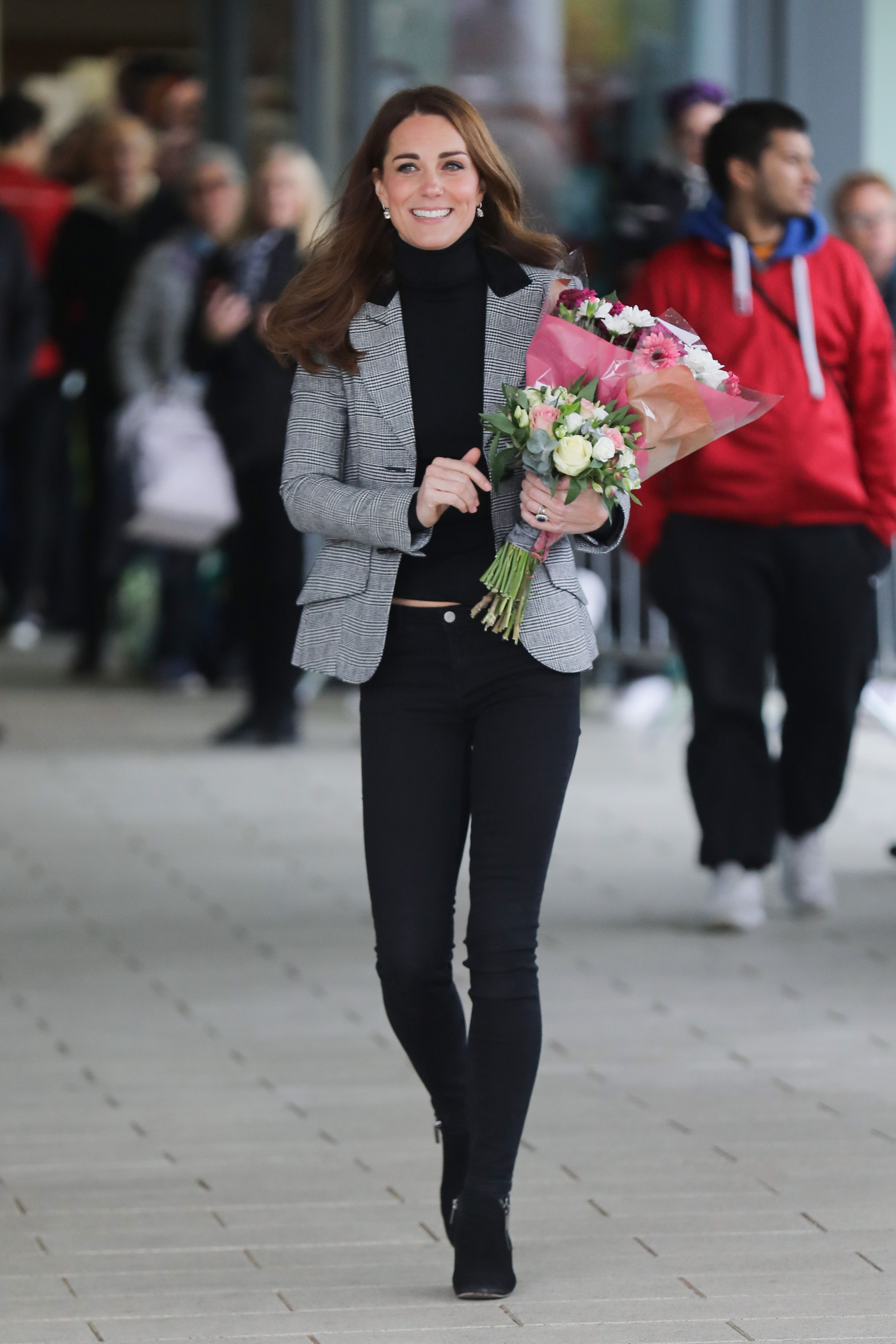 6d9bb75c01d94 Kate Middleton s 60+ Best Casual Looks